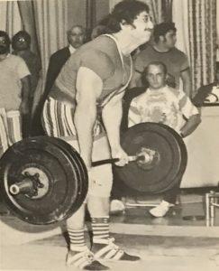 Larry Pacifico 660lb deadlift